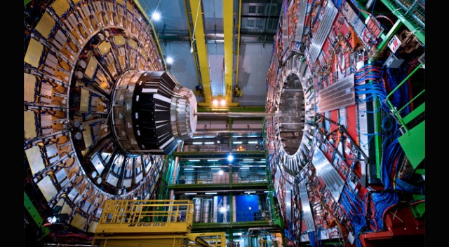 Large Hadron Collider, CMS detector