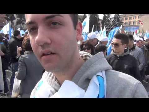 Roma, il vox dalla piazza Pdl