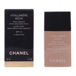 "Base de maquillage liquide Vitalumière Aqua Chanel ""22 - beige rosé 30 ml"""