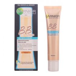 Crema Idratante con Colore Skin Naturals Bb Cream Garnier (50 ml)