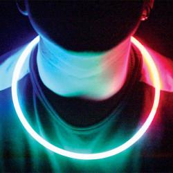 Leuchtende Halskette